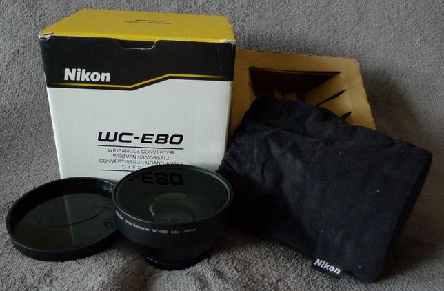 Obiektyw szerokokątny Nikon WC-E80 z tuleją UR-E8