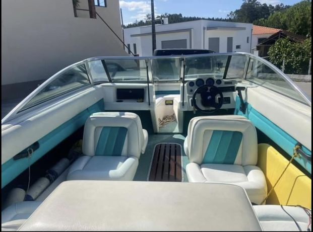 Barco Caravelle 3.0 mecury