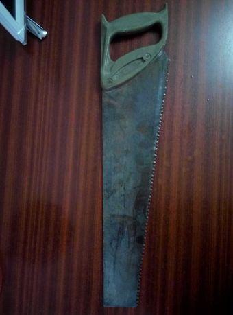 ножовка по дереву 300 р.