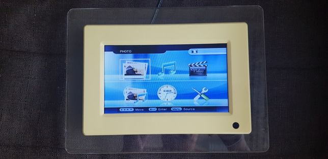 Продам 7 дюймов display рамка, как для дома или для витрины магазина