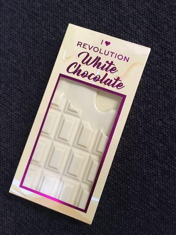 Revolution paleta cieni brazy i berze czekolada biała prezent