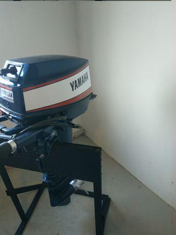 Продам лодочний мотор Ямаха ендуро 30 з гарантією 5  рокив