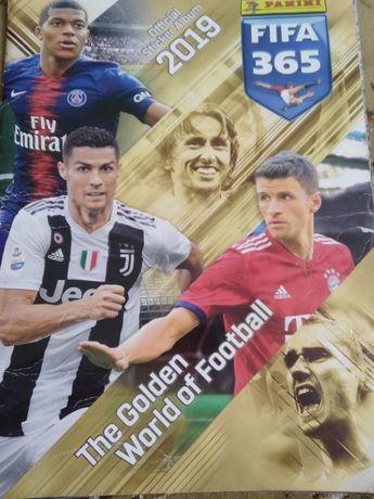 Альбом Panini 2019 Fifa 365
