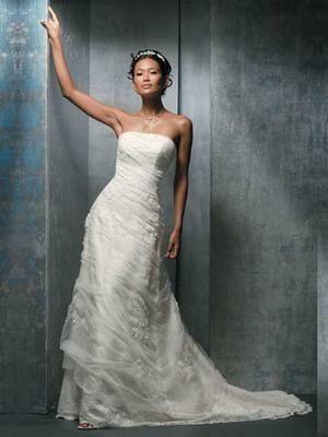 Demetrios 3048 suknia ślubna rozmiar 10 lekko zwężany