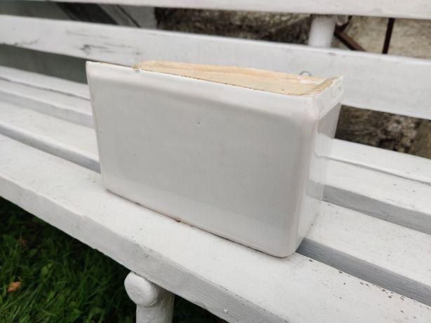 Kafle piecowe kwadratele, białe, narożne, kilkanaście prostokątnych