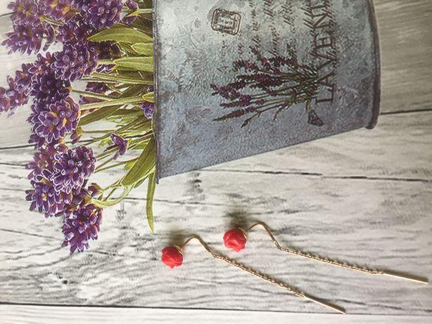 Золотые серьги с розой