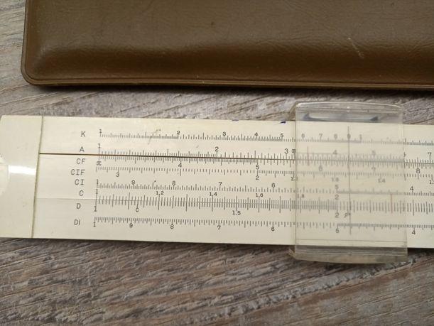 Логарифмическая линейка 1974 г. выпуска