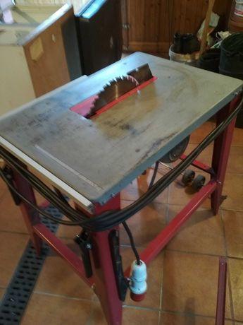 Pilarka stołowa Dedra 7727