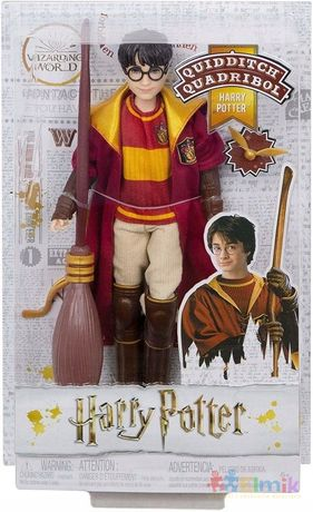 lalka figurka harry potter quidditch miotła zestaw