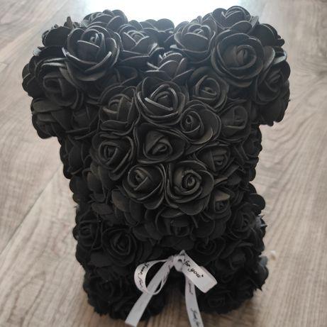 Miś z róż świetny pomysł na prezent
