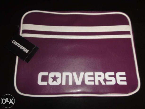 """pokrowiec Converse Laptop Sleeve 13"""" - Dark Purple NOWY"""