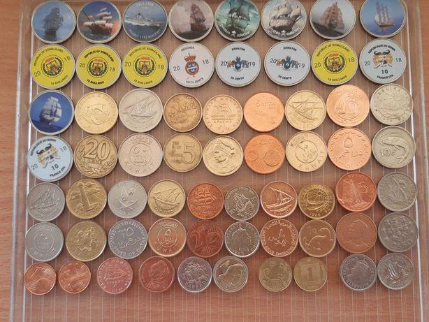 Набор монет морской тематики. Тридцать две монеты без повторов