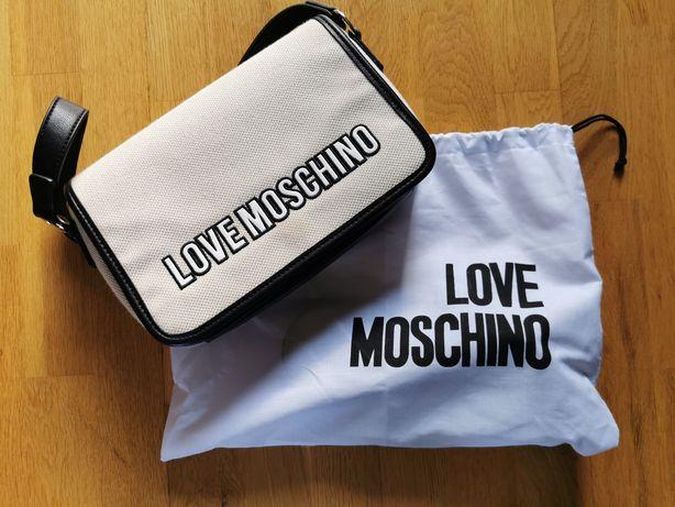 Carteira love moschino
