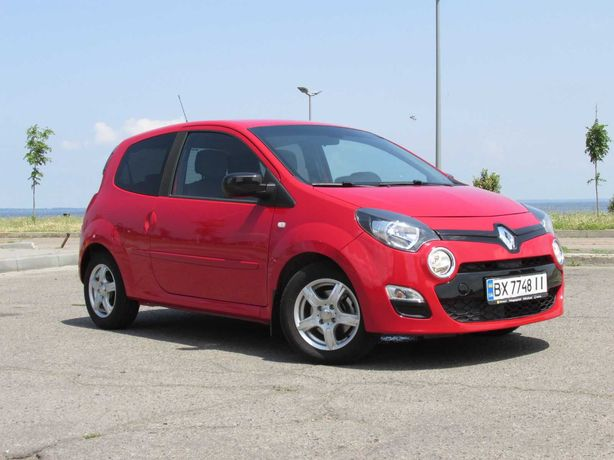 RENAULT Twingo-2  restyling  «Dynamique»  AT 23300км 75hp 2013