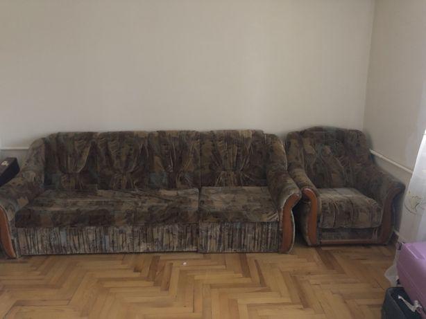 Мебель для гостиной (диван+2 кресла)