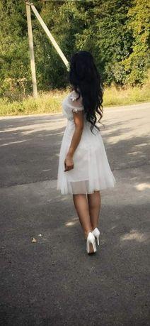 Продам сукню .