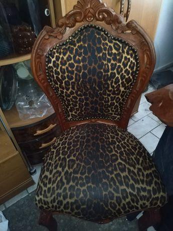 Krzesło stylowe stare panterkowe