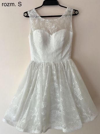Koronkowa piękna sukienka z gorsetem na ślub cywilny rozm. S