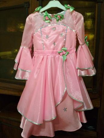 Нарядное платье на дев.