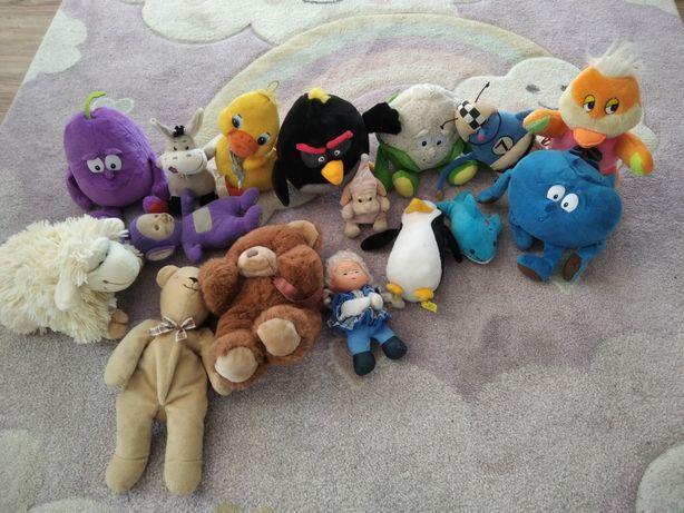 Zabawki pluszaki.