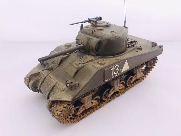 Mode sklejanego czołgu Sherman M4 hobby boss 1:48