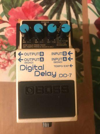 Boss DD - 7 Digital Delay Roland kostka efekt