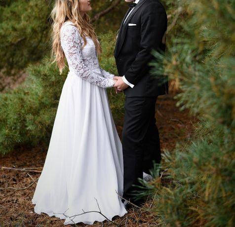 Suknia ślubna z długim koronkowym rękawem