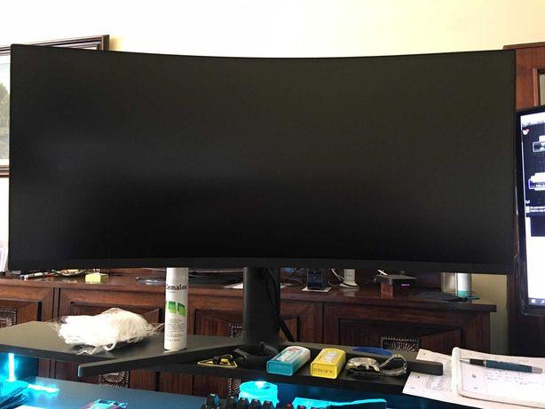 """Xiaomi Mi Curved Gaming Monitor 34"""" WQHD FreeSync 144 Hz"""
