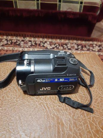 Відеокамера JVC GZ-MG575