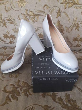 Кожаные туфли 39-40 Vitto Rossi