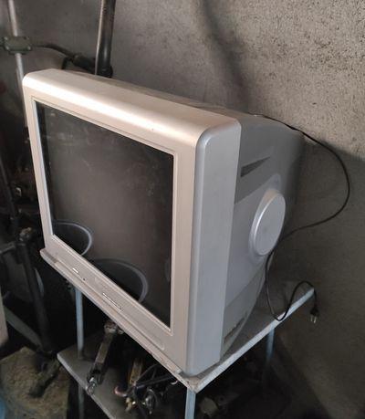 Telewizor Philips 21 cali sprawny