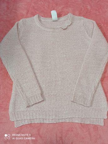 Одежда для девочки. Размер 122-128.