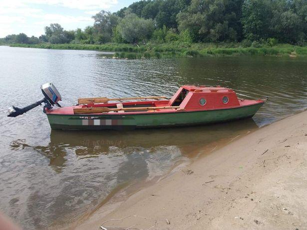 Łódka wędkarska kabinowa dł. 5m, szer. 1.2m + silnik Tohatsu 5KM