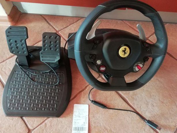 Kierownica Thrustmaster Ferrari 458 Italia do PC/Xbox 360, użyta kilka
