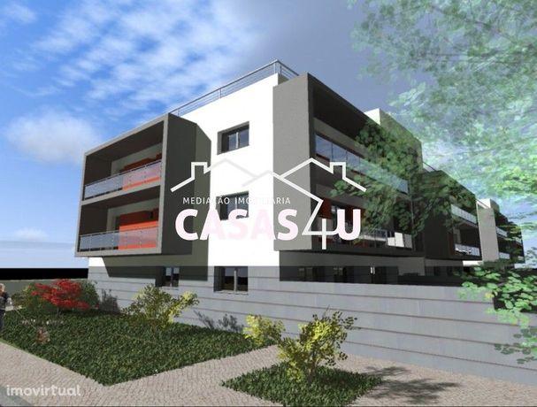 Apartamento T4 Novo - Excelente Localização