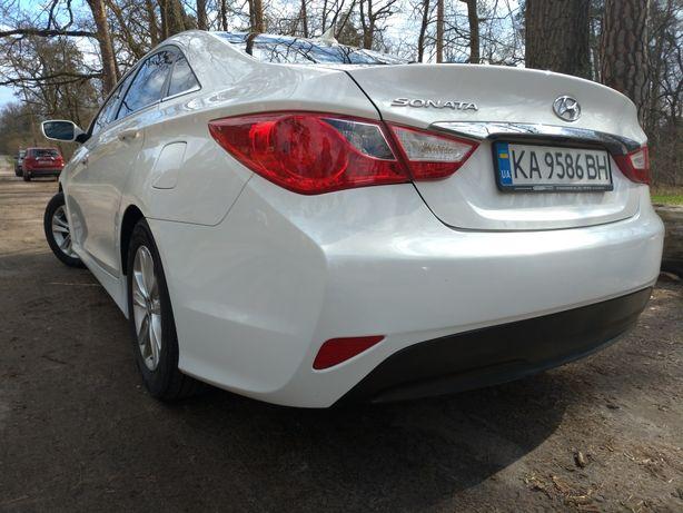 Hyundai sonata в оригіналі.