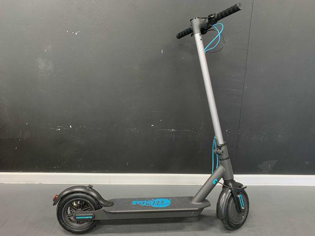Elektryczna hulajnoga Motus 8,5 GWARANCJA 25 km/h do 25 km
