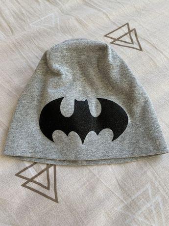 Демисезонная трикотажная шапка