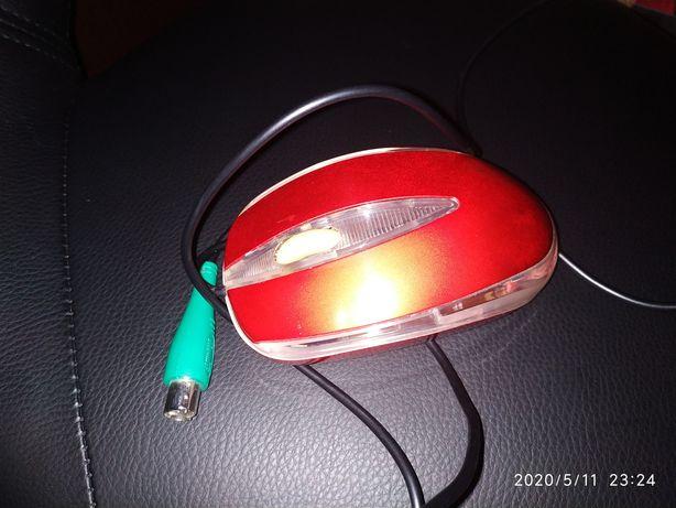 Мышь проводная оптическая с PS/2 портом, штекер DIN с 6-ю контактами