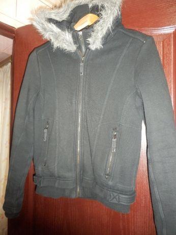 куртка-толстовка с капюшеном