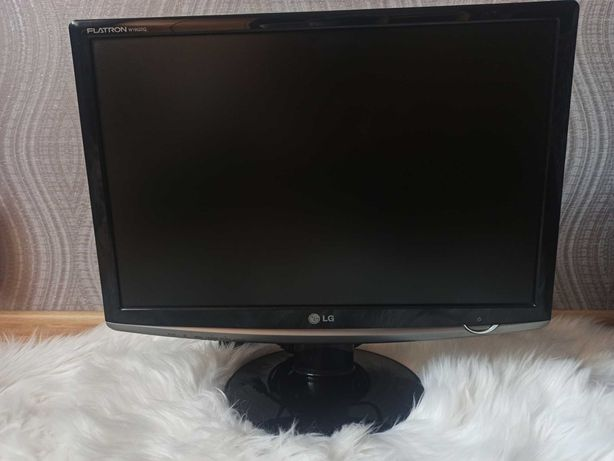 Monitor LG FLATRON F700B 17cali