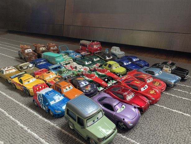 Samochody-auta metalowe firmy Mattel- Zygzak McQueen- 35 sztuk