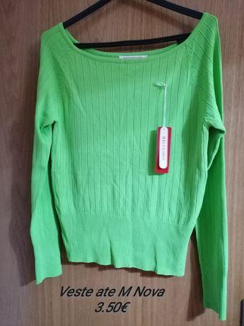 Camisola verde nova