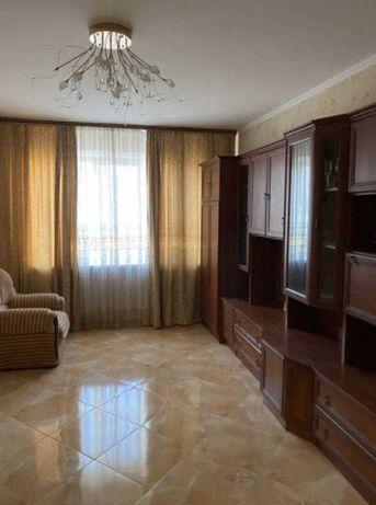 Продам 3-х квартиру  с ремонтом на Высоцкого
