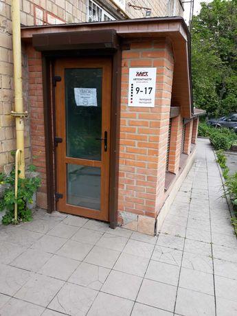 Продам  под офис/сервисный центр  106 кв.м.  Соломенка