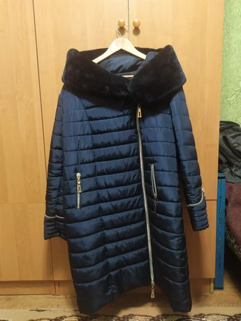 Женская куртка , пальто, пуховик