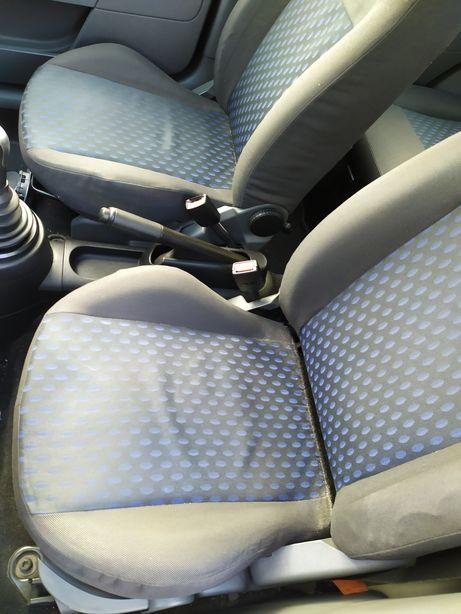 Bancos Ford Fiesta 2002 5 portas