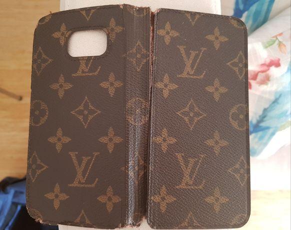 Capa original Louis Vuitton S6/S7 ou S8 para reparação . Pvp 400 euros