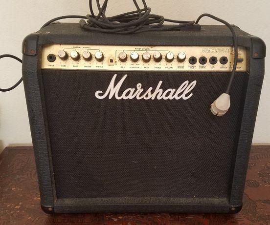 Amplificador Marshall Valvestate 40V 8040 (bom preço)