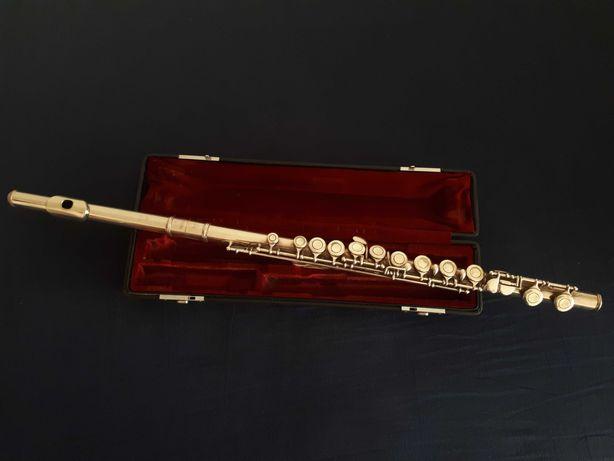 Flauta Yamaha de prato